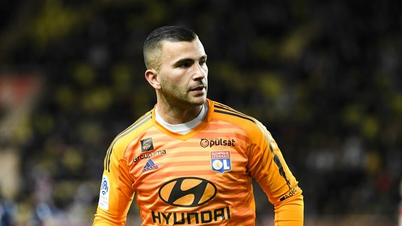 Jean-Michel Aulas met la pression sur Anthony Lopes — OL
