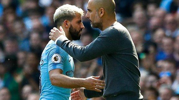 Manchester City : Guardiola élogieux envers Mahrez