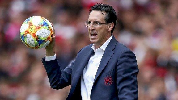 Emery pousse vers la sortie deux Gunners — Arsenal