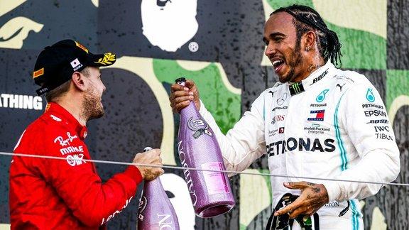qui sort avec Lewis Hamilton
