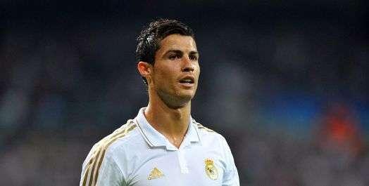 Cristiano Ronaldo titille Drogba