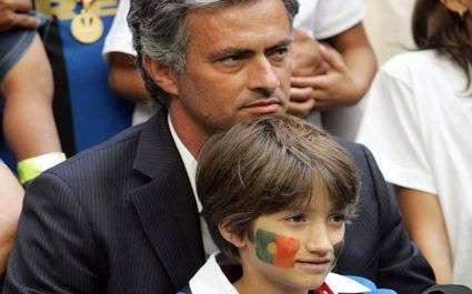 Mourinho quitte le stade en pleurs !