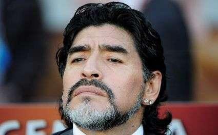Diego Maradona signe en Espagne !