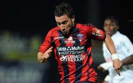 Résultats Ligue 2 : Clermont en tête, Nantes battu