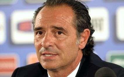 Italie : Prandelli met en garde ses joueurs