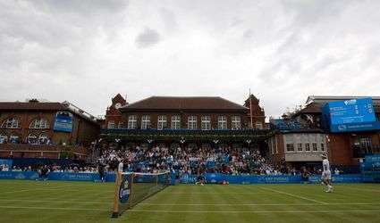 Queen's Tennis Club
