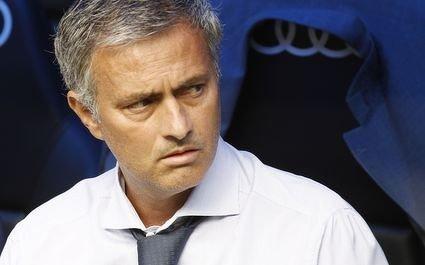 Real Madrid : Mourinho aurait menacé de partir