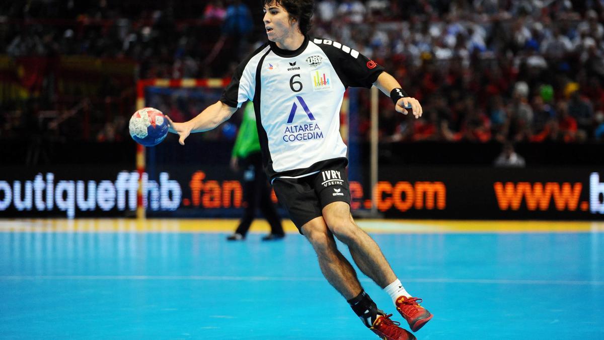 Diego Simnet, Ivry