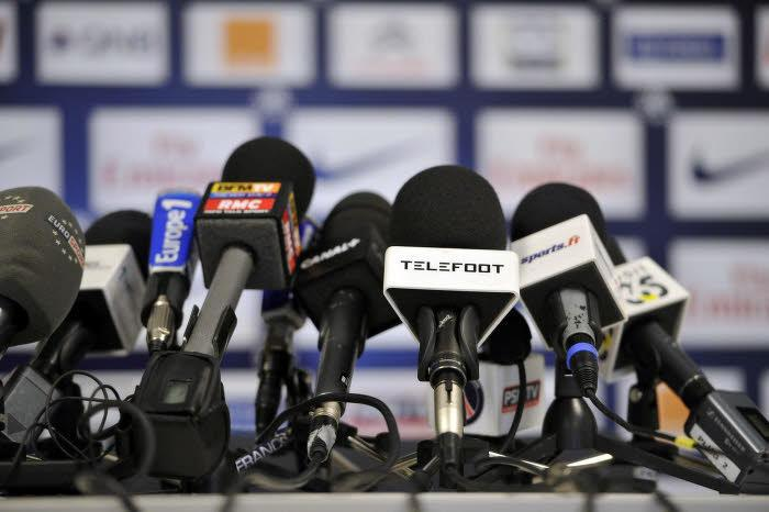 conférence de presse micros