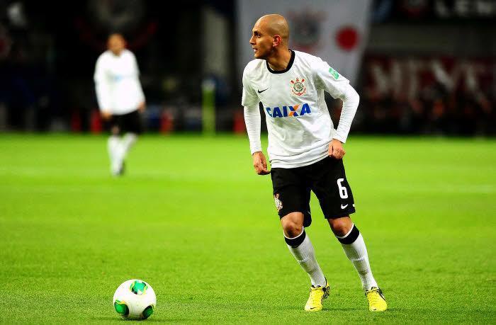 Fabio Santos Corinthians