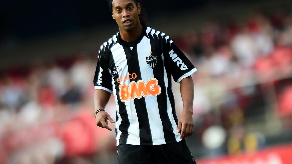 Ronaldinho, Atletico Mineiro