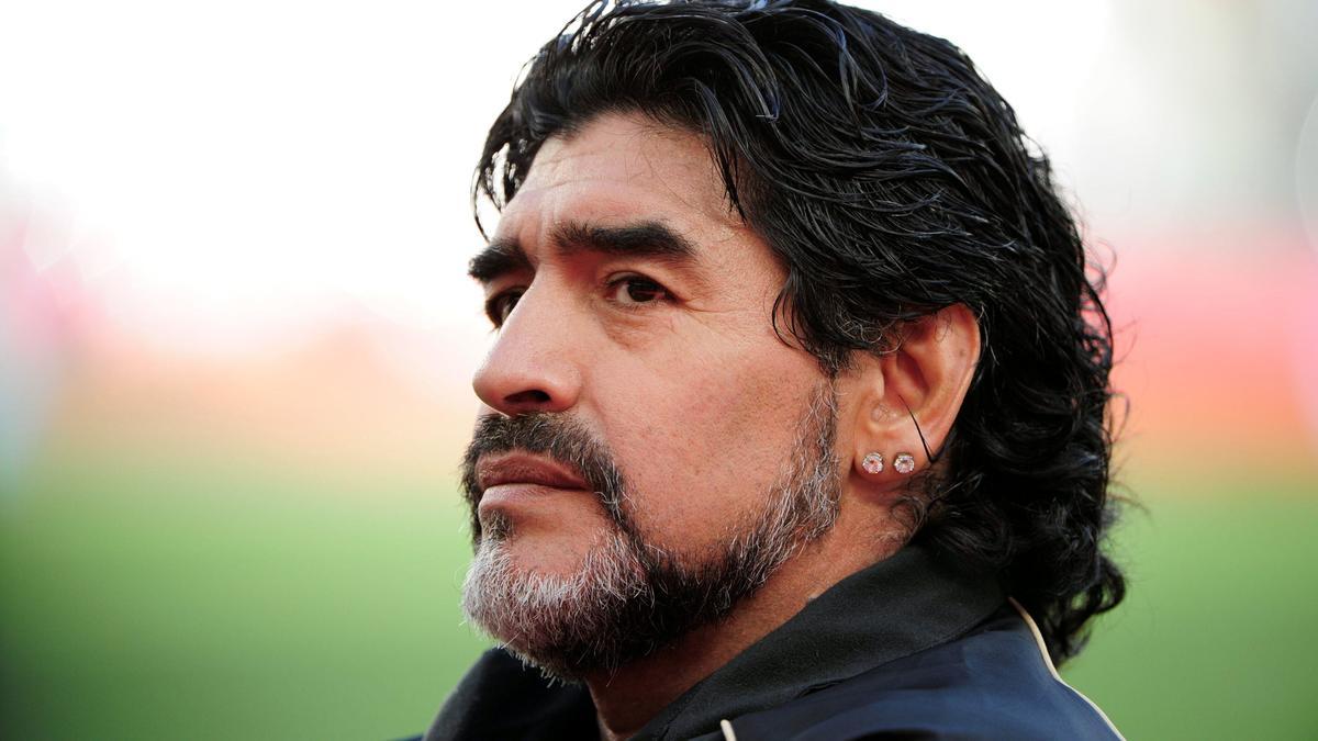 Diego Maradona, Argentine