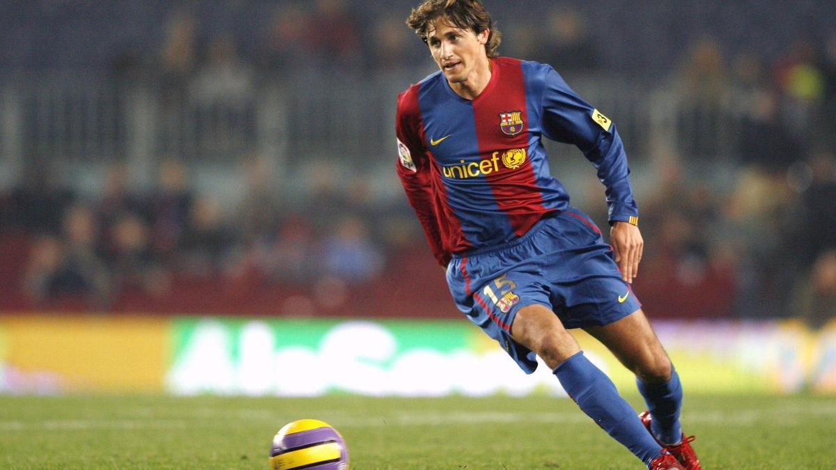 Edmilson sous le maillot du FC Barcelone