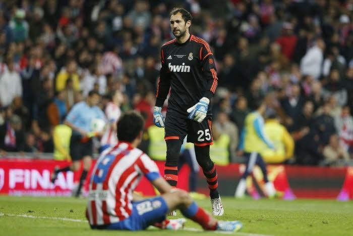 Real Madrid : Diego Lopez prêt à dire non à Mourinho ?