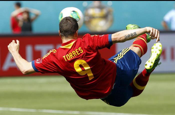 FC Barcelone : Torres pour remplacer Villa ?