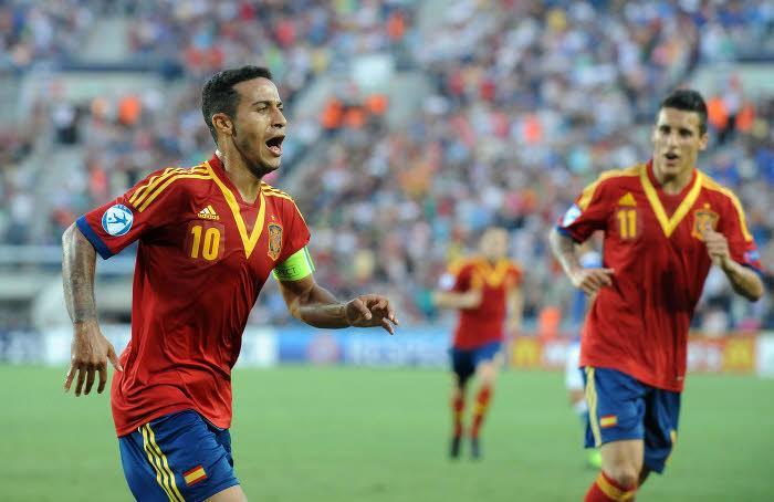 Barcelone : Thiago Alcantara, 5 ans à Manchester United ?