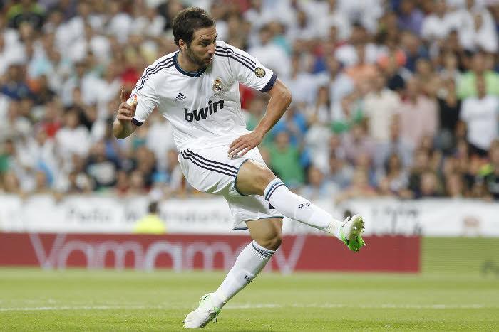 Real Madrid : Arsenal devancé par Naples pour Higuain ?