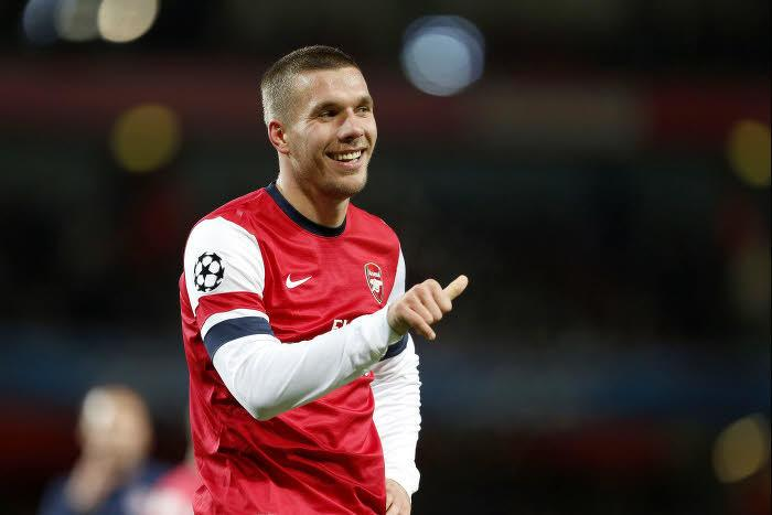 Arsenal : Podolski attend Higuain de pied ferme