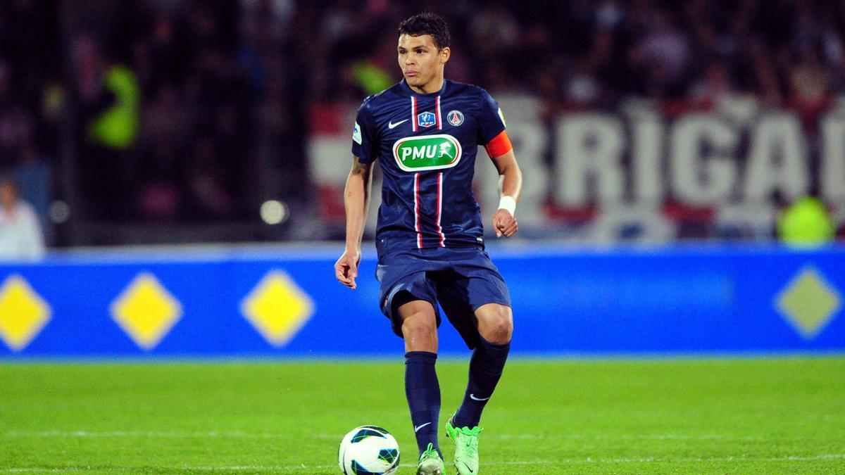PSG : Paris remballe officiellement le Barça pour Thiago Silva !
