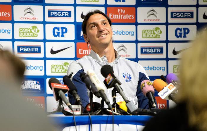 Ibrahimovic : «Normal que le PSG s'intéresse à Ronaldo»