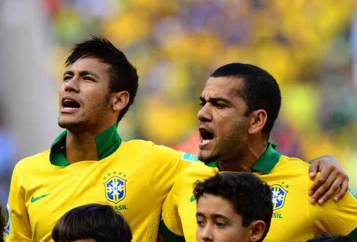 Neymar & Daniel Alves