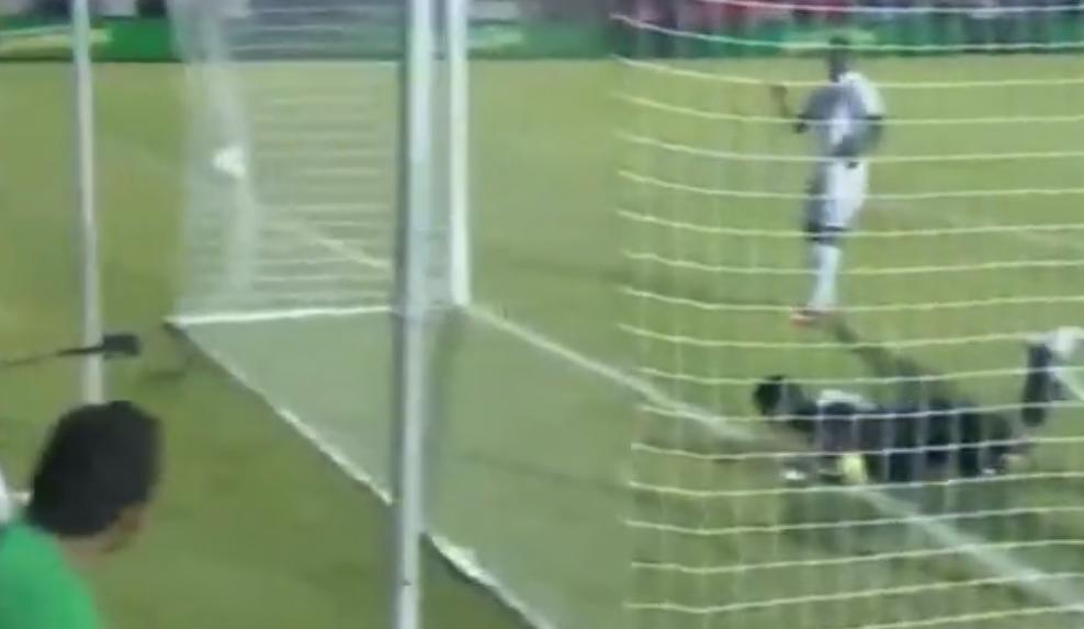 Vidéo : Le but « Zlatanesque » d'un Panaméen