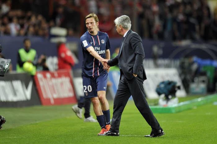 Clément Chantome, en compagnie de Carlo Ancelotti