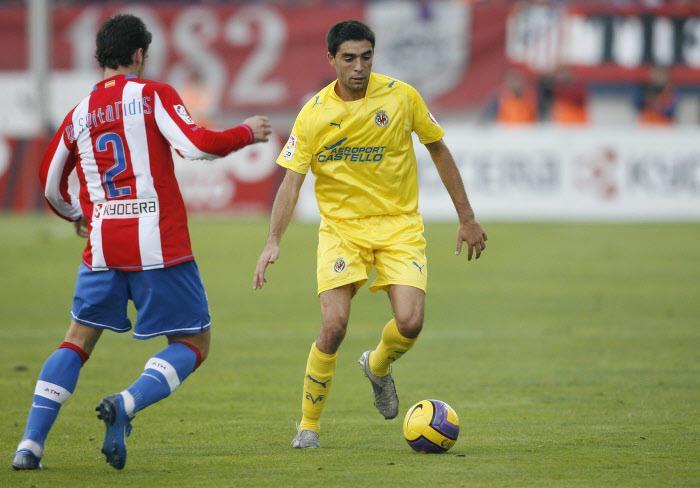 Bruno Soriano, en 2007 avec Villarreal