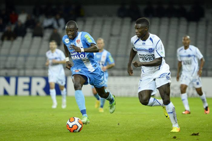 Ousmane Coulibaly (Brest) & Prince Segbefia (Auxerre)