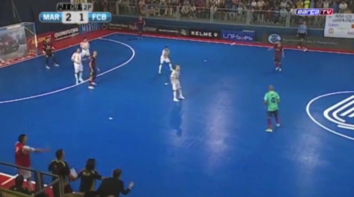 Le FC Barcelone régale lors d'un match de futsal (vidéo)