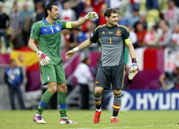 Iker Casillas et Gianluigi Buffon