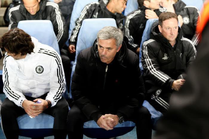 Mourinho ironise sur l'arbitrage anglais