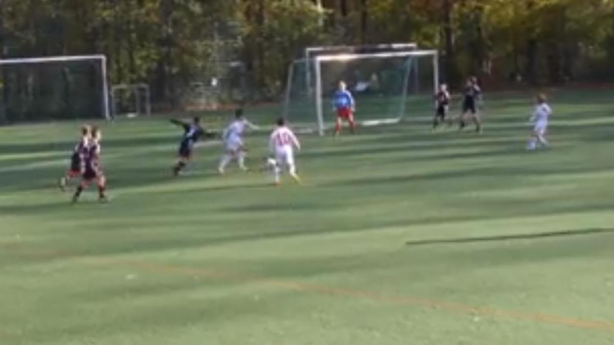 Un jeune Allemand se prend pour Zidane (vidéo)