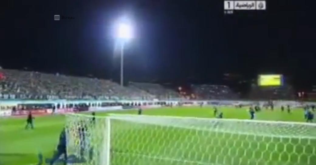 Un commentateur devient fou après la qualification de l'Algérie pour la Coupe du monde (vidéo)