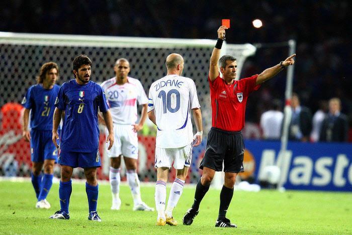 Coupe du monde 2014 coupe du monde 2006 l arbitre de la finale raconte le rouge de zidane - Coupe du monde de foot 2006 ...