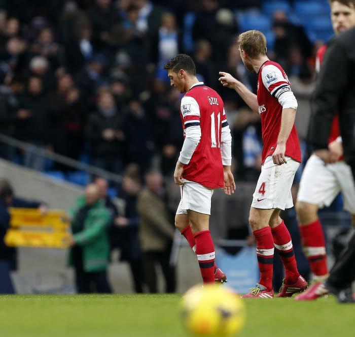 Arsenal : Quand Mertesacker s'en prend à Ozil (vidéo)
