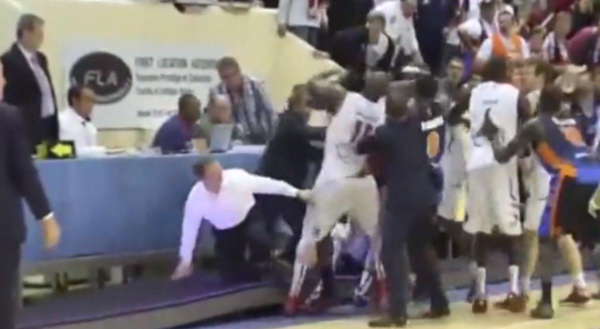 Basket : Bagarre générale en Pro A ! (vidéo)