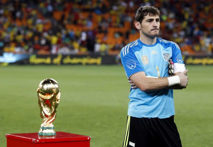 Iker Casillas, Espagne