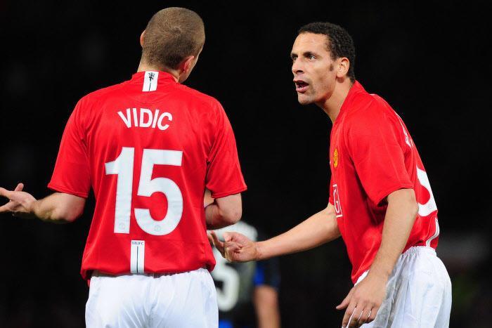 Nemanja Vidic et Rio Ferdinand, Manchester United (2009)