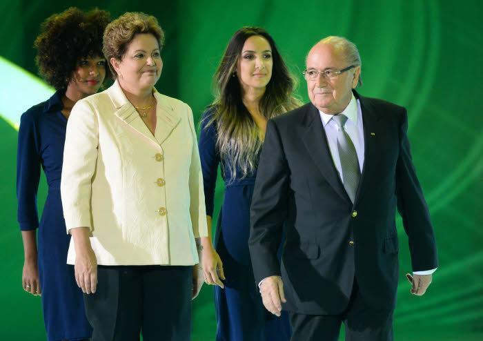 Sepp Blatter et Dilma Roussef, présidente du Brésil