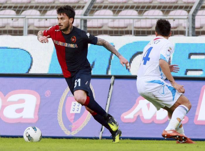 Mauricio Pinilla (Cagliari), buteur face à la Fiorentina
