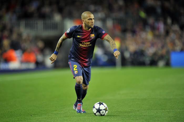 Quand Dani Alves critique le public du Camp Nou !