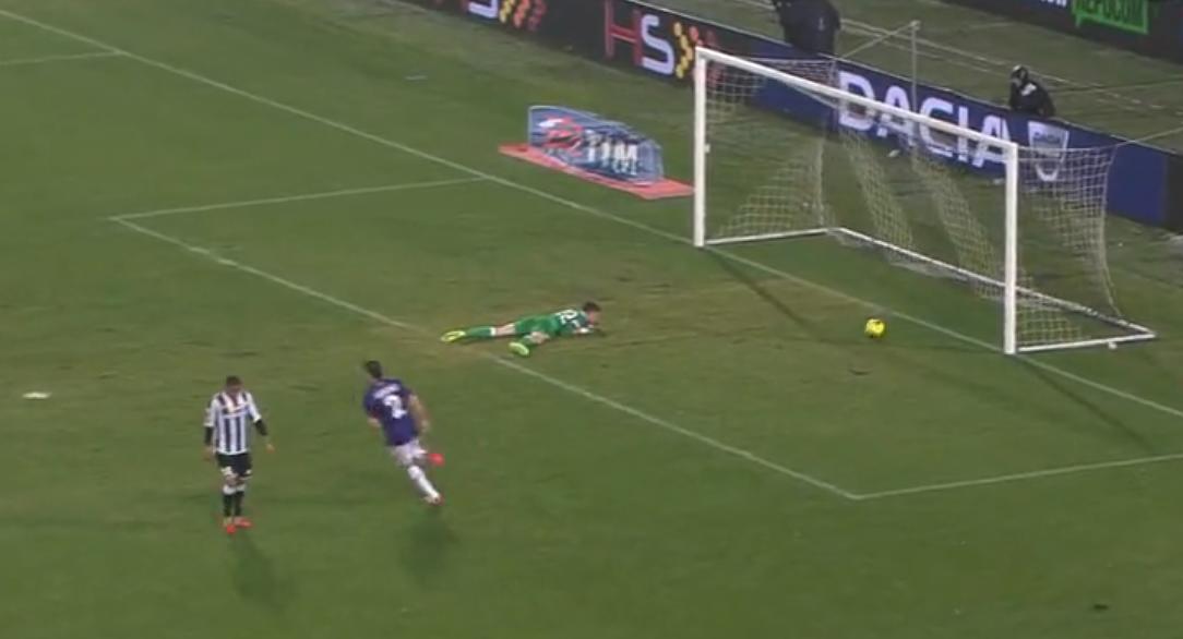Fiorentina : Le coup de canon de Vargas (vidéo)