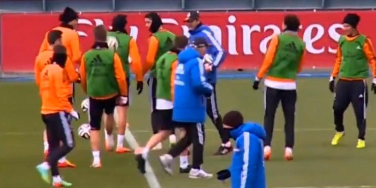 Real Madrid : Quand Pepe met un petit pont à Cristiano Ronaldo (vidéo)