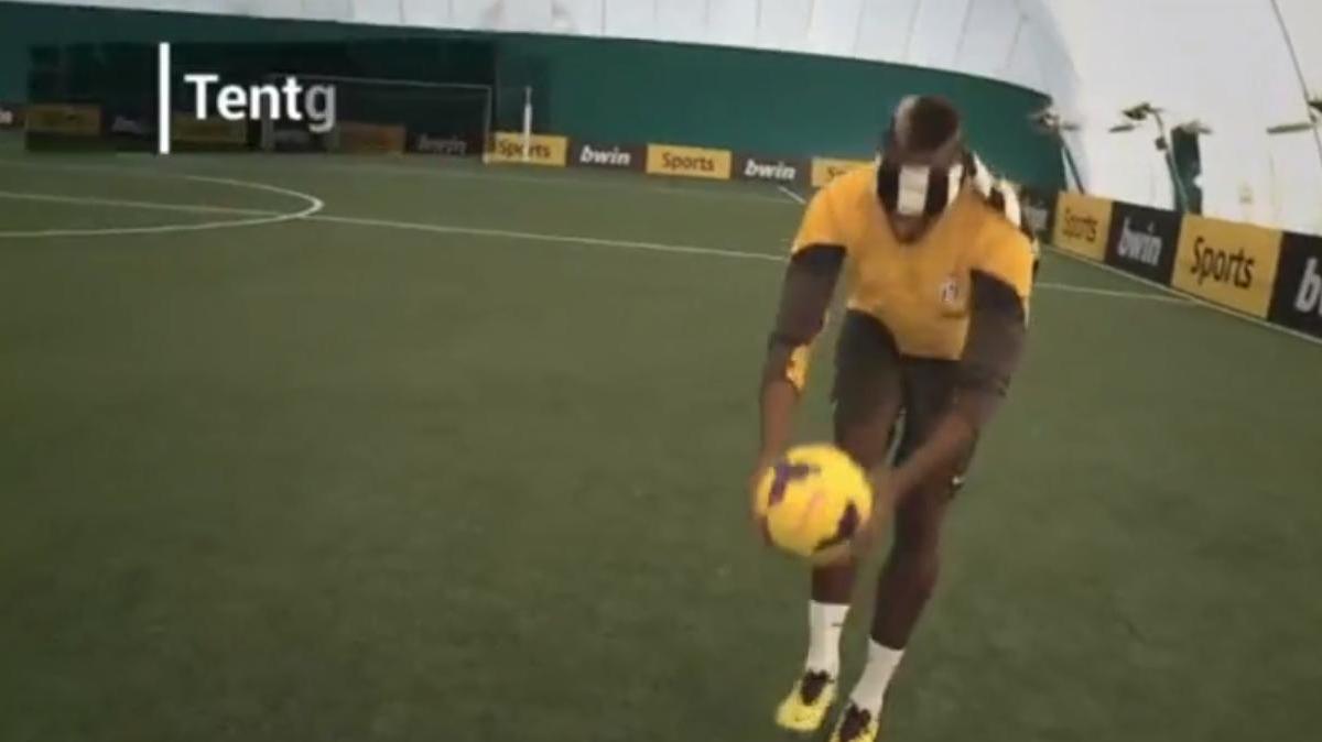 Juventus : Les nouveaux exploits techniques de Paul Pogba les yeux bandés ! (vidéo)