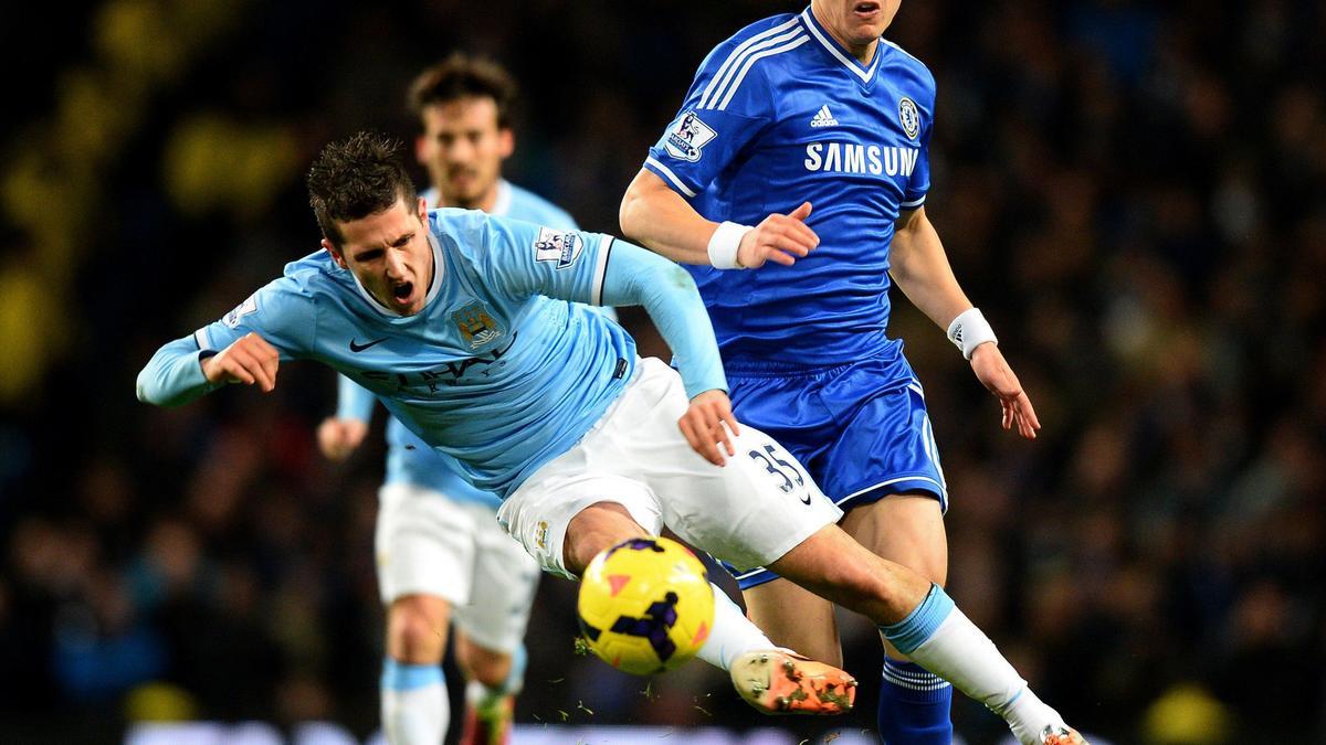 Chelsea : David Luiz vers le PSG? Il répond