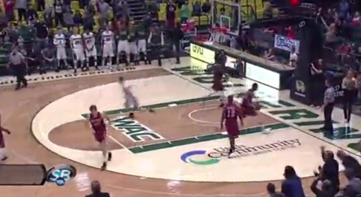 Basket : Impressionnante bagarre générale lors d'un match universitaire (vidéo)