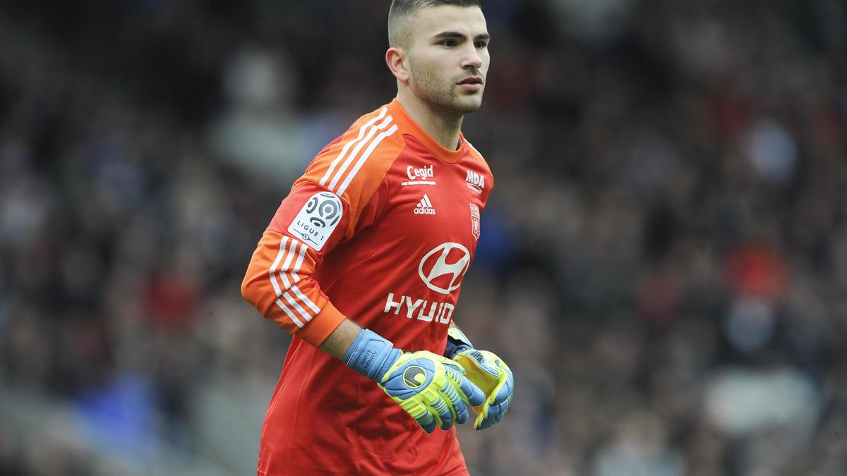 Anthony Lopes, OL