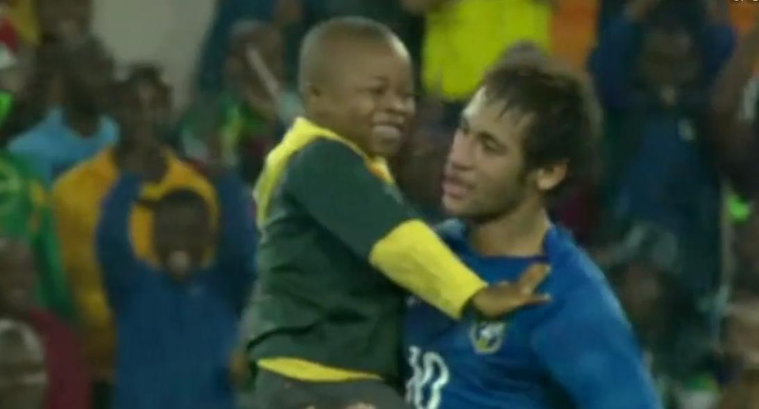 Barcelone : Quand Neymar réalise le rêve d'un enfant (vidéo)