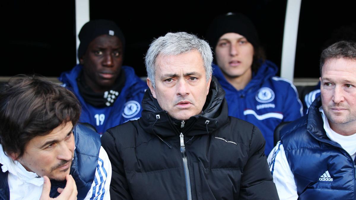 Chelsea : Mourinho réagit à la célébration polémique d'Eto'o !